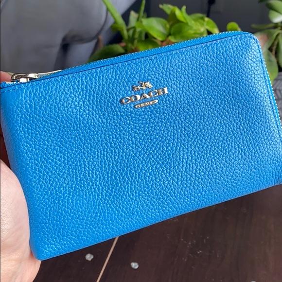 Coach Handbags - Coach Pebbled Leather Double Zip Wristlet  💎